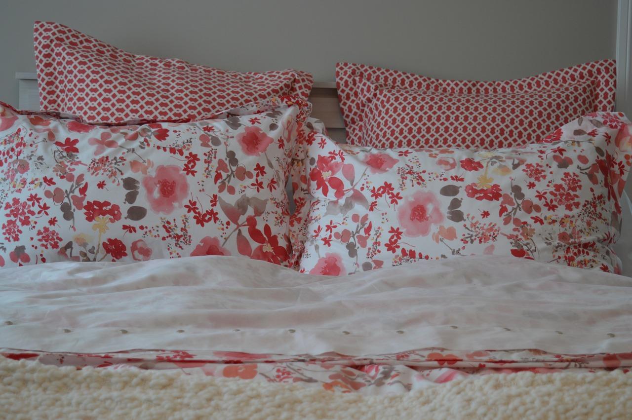 Otul swoje łóżko. Narzuta na kanapę i na łóżko 180×200