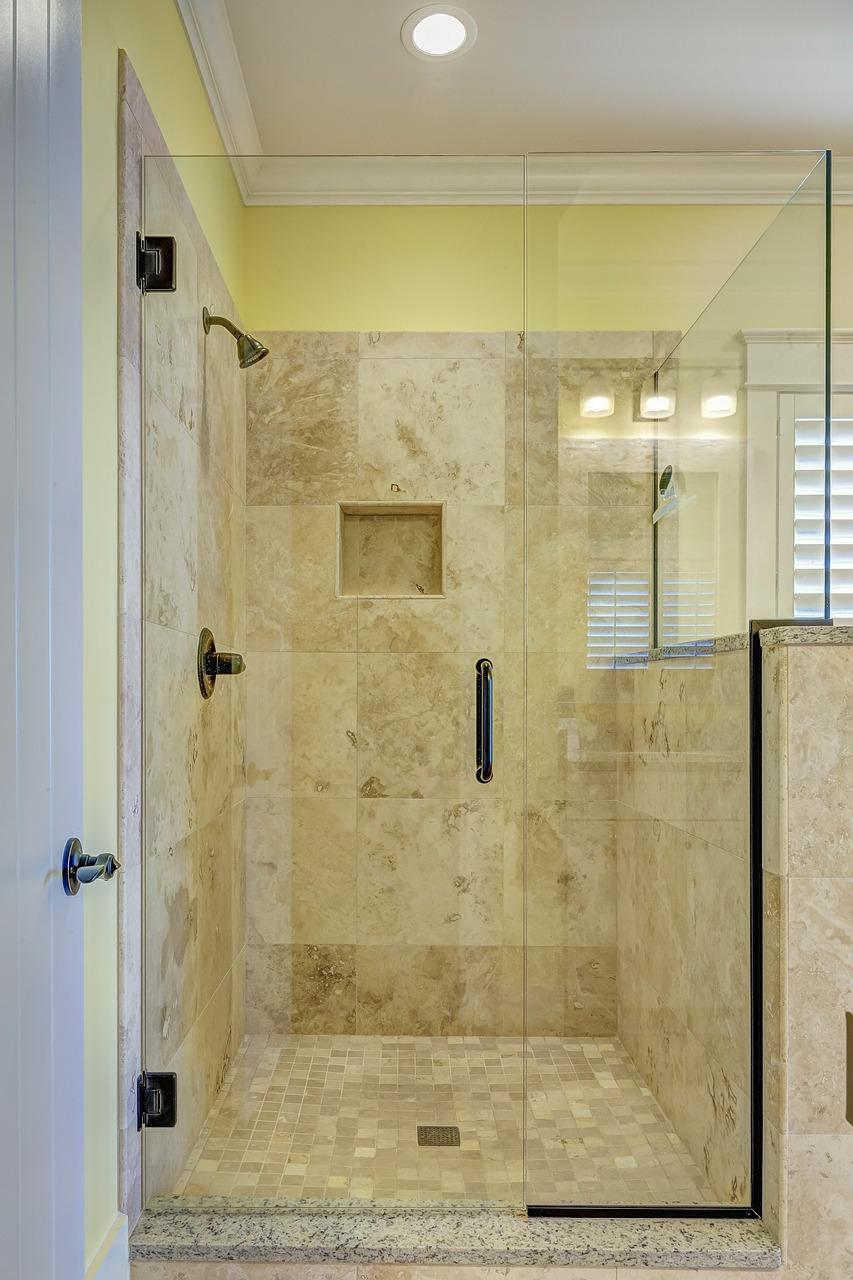 Łazienka w 10 dni opinie. Czy można zrobić szybko remont łazienki? Projekt łazienki 8m2