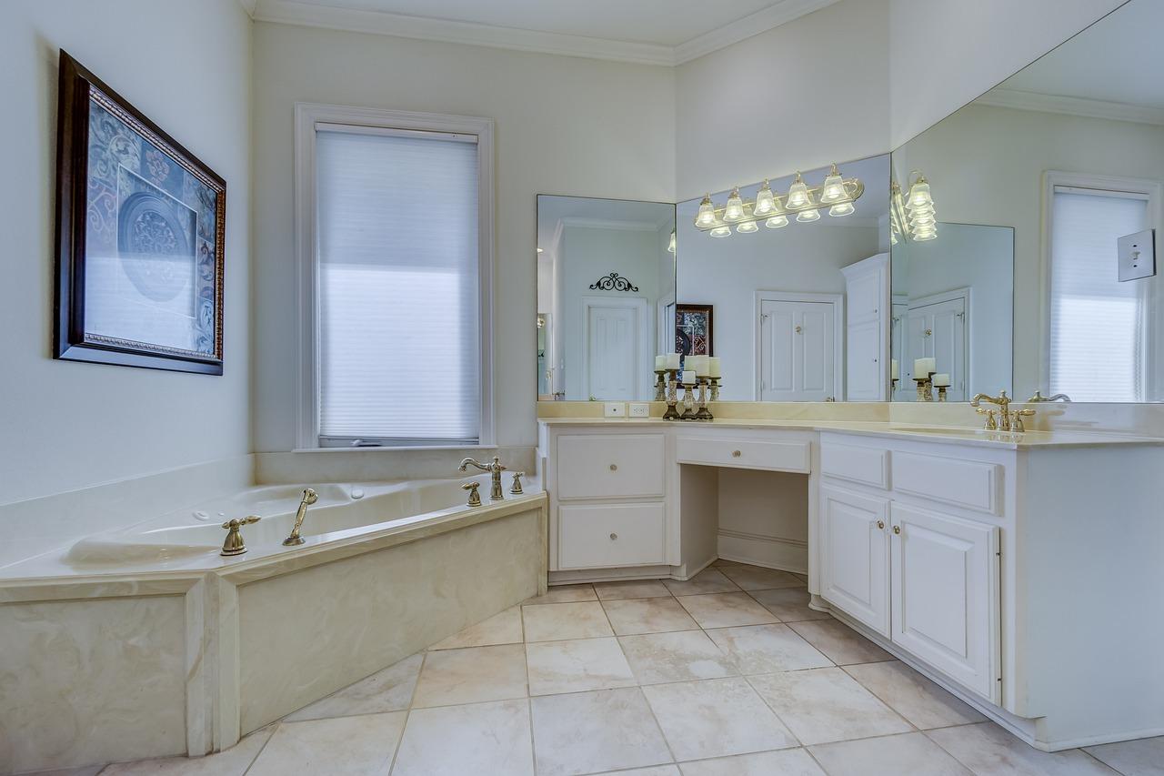 Projekt łazienki Gdańsk. Najpiękniejsze łazienki z oknami – projekt łazienki z oknem