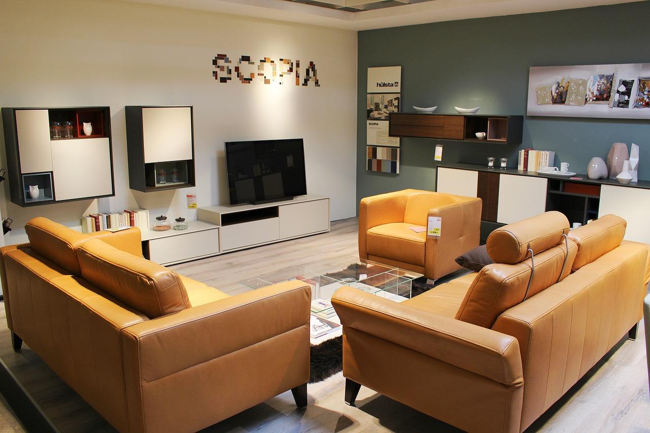 Zestaw wypoczynkowy dla każdego. Jak optymalnie zaprezentować w salonie wypoczynek?