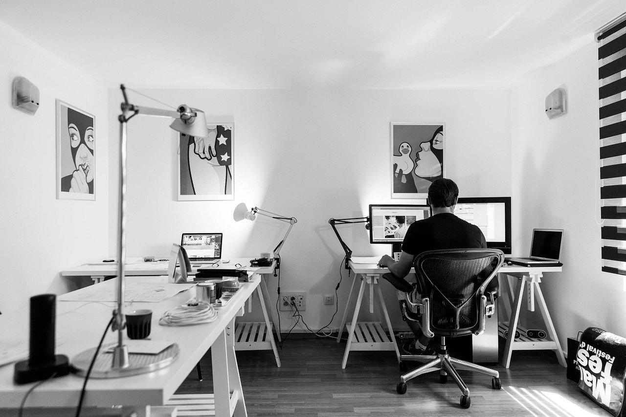 Pionowe zasłony w Twoim biurze
