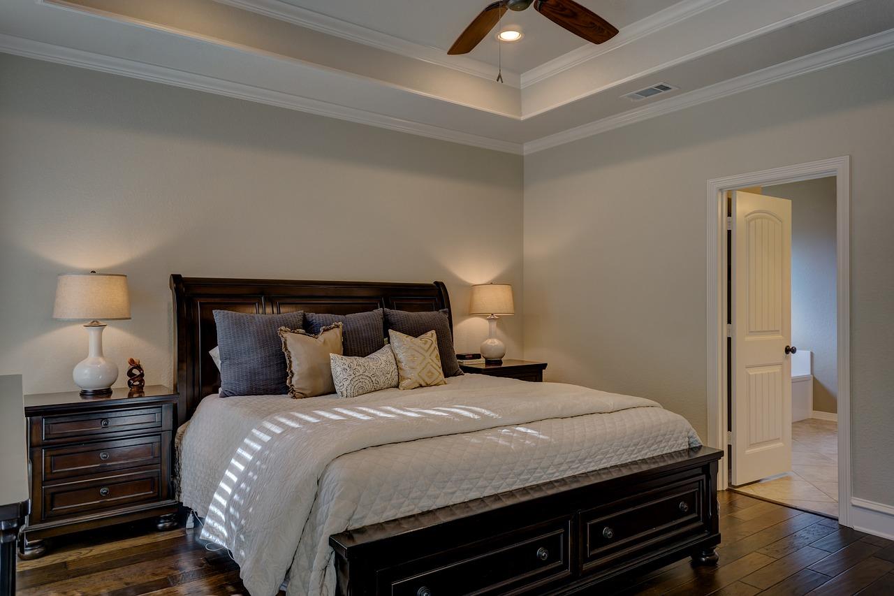 Jakie wybrać oświetlenie do sypialni?